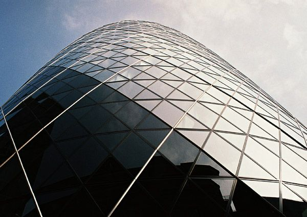 Lord Norman Foster / Swiss Re Headquarters, Londýn, Anglie / IV