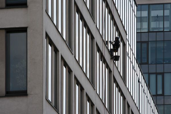 DSC_2087Hofmannservis / Trinity Office Center / window cleaning by climbing / XXII